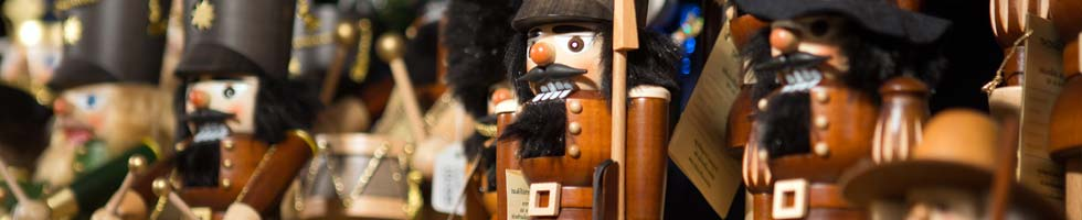 Buy German Nutcrackers at Christkindl-Markt
